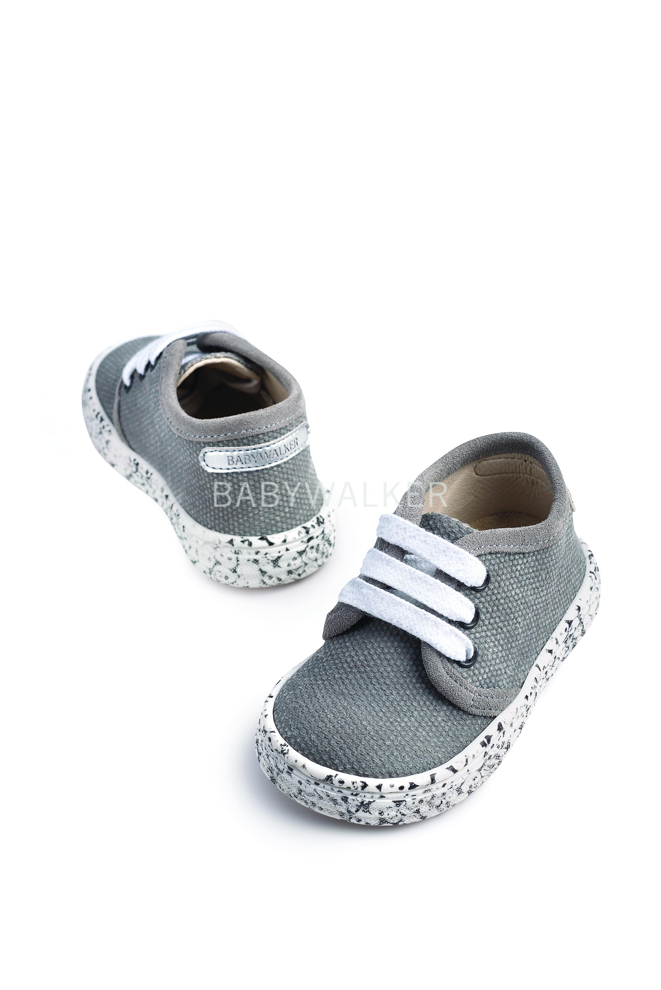 6810ce73325 Υφασμάτινα δετά sneaker